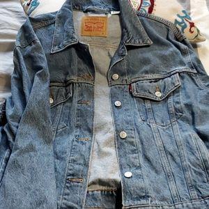 Womans Ex-Boyfriend Levi's Trucker Jacket